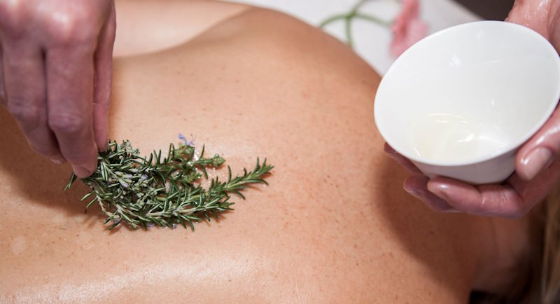 salt on skin for body massage